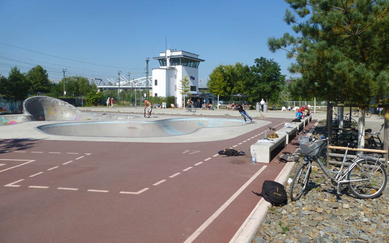 berlin-gleisdreieck-sportplatz_michael-kunert