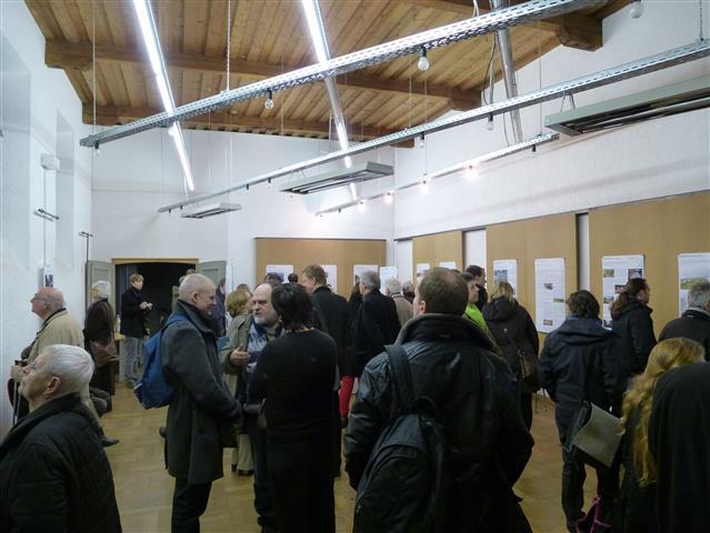"""Ausstellung """"Der Stuttgarter Gleisbogen"""" im Infoladen"""